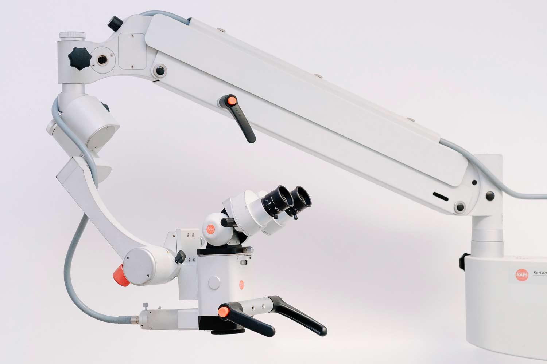 microscopio operatorio-Studio Cemisa-Centro Medico-Torino